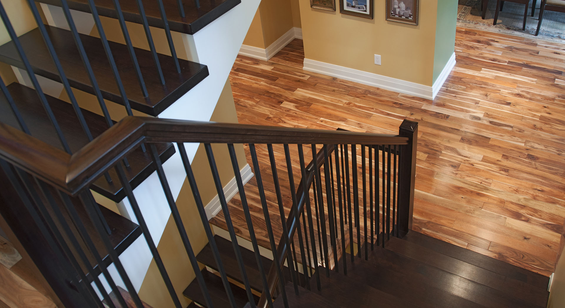 Campbell's Woodcraft Ottawa Stairs, Handrails, Recaps, Cabinetry, Furniture, Custom Woodwork.